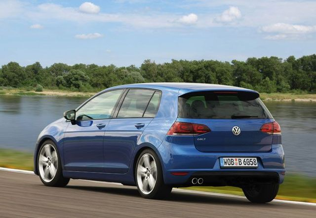 Volkswagen-Golf-7-2