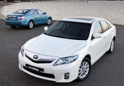 Toyota-Hybrid-Camry