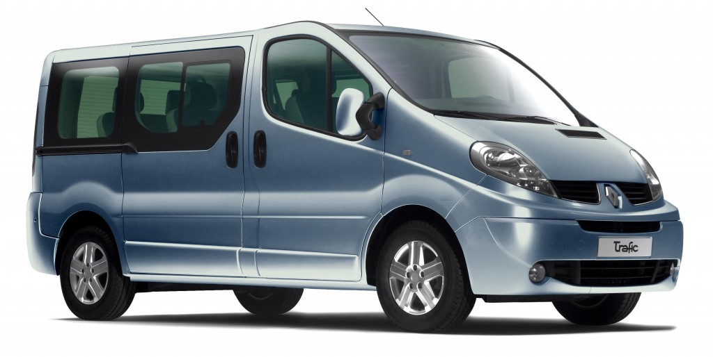 prix du neuf renault trafic passenger 2016 en algerie fiche technique d taill e autojdid. Black Bedroom Furniture Sets. Home Design Ideas