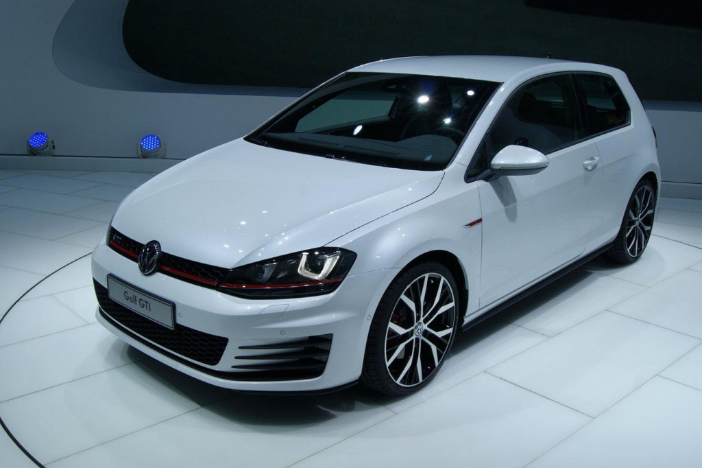 prix du neuf volkswagen golf 7 gti 2016 en algerie fiche technique d taill e autojdid. Black Bedroom Furniture Sets. Home Design Ideas