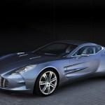 Aston Martin One-77: la marque britannique à l'aile se faufile sur les rue de Nürburgring